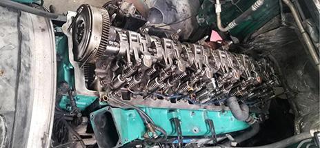Volvo D12 Headjob Rebuild